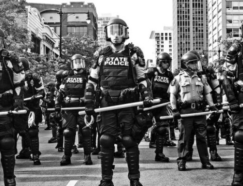 DEMOCRATS PROMOTING DEFUNDING POLICE TO FEDERALIZE COPS